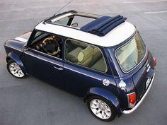 Mini Cooper with sunroof Mini Cooper Clasico, Classic Mini, Classic Cars, Mini Morris, Automobile, Mini Copper, Mini One, Mini Things, Cute Cars