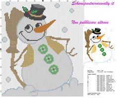 schema punto croce natalizio con simpatico pupazzo di neve
