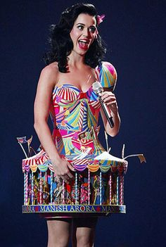 katy perry just pulled off an awesome outfit