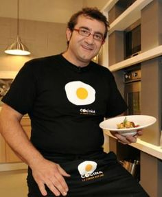 sergio fernandez croquetas Churros, Canapes, Chorizo, Food And Drink, Appetizers, Eggs, Cooking, Breakfast, Recipes
