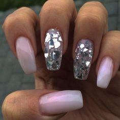 ✨ @jessysnaglar _____________________________________________ #nails #nail #beauty #pretty #girl #girls #stylish #sparkles #styles #gliter #nailart #art #opi #essie #unhas #preto #branco #rosa #love #shiny #polish #nailpolish #nailswag #anastasiabeverlyhills #vegas_nay #wakeupandmakeup #hudabeauty #acrylic #notpolish #instanails