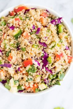 FODMAP Rainbow Quinoa Salad Eat the rainbow with this Low FODMAP Rainbow Quinoa Salad. It's filled with whole-grain quinoa, fresh veggies and a delicious Asian-inspired dressing. Fodmap Diet, Low Fodmap, Fodmap Foods, Lunch Recipes, Healthy Recipes, Healthy Soups, Healthy Dishes, Meal Recipes, Delicious Recipes
