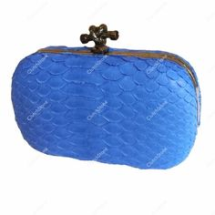 Clutch buckle small python skin electric blue size 9x15cm IDR : 1.085.000 free shipping all Indonesia