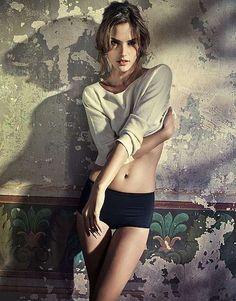 Corsetted Dame Photography : Alessandra Ambrosio Vogue Brazil