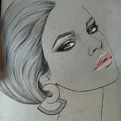 Beautiful Kelly Thompson portrait