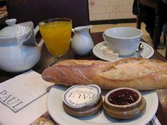Boulangerie, petit dejeuner, Paris