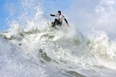 Elite surfer Peter Devries, winner of the 2009 Cold Water classic. Photo by Jeremy Koreski/O'Neill Europe
