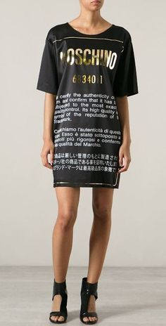 MOSCHINO T SHIRT 6834011 women dresses RUNWAY PICKS CAPSULE COLLECTION SS15 FW15  http://www.aliexpress.com/store/product/MOSHINO-T-SHIRT-6834011-women-dresses-RUNWAY-PICKS-CAPSULE-COLLECTION-SS15-FW15/407423_32319656080.html