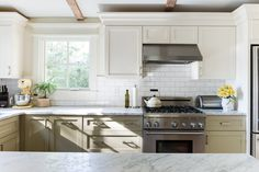 Why Two-Tone Kitchen Cabinets Are the Best Of All Possible Worlds