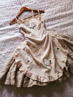 kayla's wonderland — i want one of the grandma dresses with the lil. Pretty Outfits, Pretty Dresses, Cool Outfits, Fashion Outfits, Fashion Styles, Fashion Fashion, Fashion Tips, Aesthetic Fashion, Aesthetic Clothes