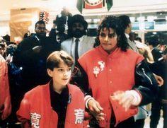 MJ  in the bad era (w/ Jimmy Safechuck ...)