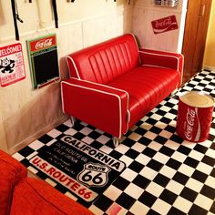 クッションフロアシートのインテリア実例   RoomClip (ルームクリップ) クッションフロアシート · On Walls/DIY/レトロ/コカコーラ/アメリカン/アメリカン雑貨/腰壁
