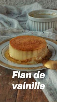 Beignets, Fun Desserts, Dessert Recipes, Flan, Pretty Birthday Cakes, Deli Food, Tasty, Yummy Food, Mini Cheesecakes