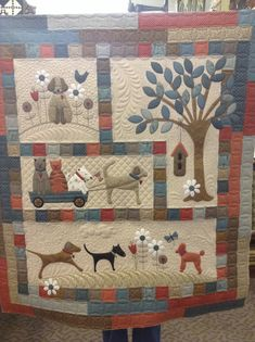 A Dog's Life - pieced by Cathy Hetherington, quilting by Kelly Corfe.  Design by Lynette Anderson.