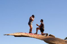These genius guys took the best marriage proposals to a whole new level!