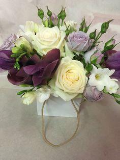 Fiori per matrimoni, centrotavola, lilla, viola, fresia, rose....allestimenti fiori