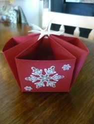 Decorative Christmas Baskets Made Simple |  All Free Holiday Crafts