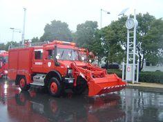 Fire Engines Photos - Tokyo Fire Department Unimog pumper