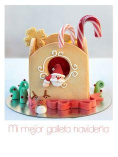 Santa Gingerbread House ~ So cute! Xmas Cookies, Christmas Cupcakes, Christmas Sweets, Christmas Gingerbread, Noel Christmas, Christmas Goodies, Cupcake Cookies, Christmas Baking, Gingerbread Houses