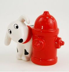 Dog and Fire Hydrant Salt and Pepper Shakers, Must Have's for your Man Cave, Unique gifts for Guys, Original Gifts for Men, Shopping on Granville Island, Vancouver BC