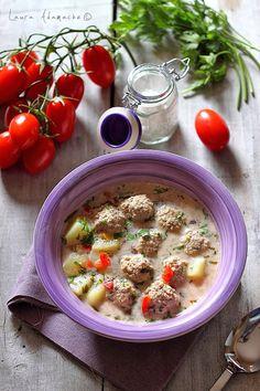 ciorba-de-perisoare Lebanese Recipes, Turkish Recipes, Romanian Recipes, Romania Food, Turkish Kitchen, Food Wishes, Bon Appetit, Soup Recipes, Main Dishes