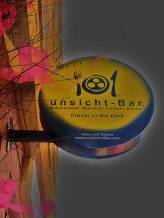 """Essen im Dunkeln - Restaurant """"unsicht-Bar"""" auf der Luxemburger Straße"""