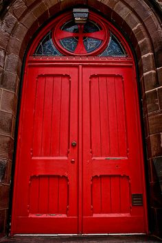 this is definitely a red door