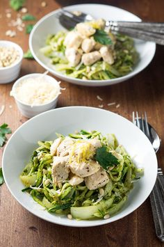 Pesto Zoodles With Chicken | 23 Quick And Tasty Low-Carb Dinners Under 500 Calories