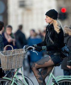 https://flic.kr/p/FSa6Dh   Copenhagen Bikehaven by Mellbin - Bike Cycle Bicycle - 2016 - 140