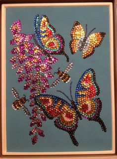 Sequin Art butterflies with beads Tulip Painting, Dot Art Painting, Mandala Painting, Button Art, Button Crafts, Hand Embroidery Designs, Beaded Embroidery, Cristal Art, Seed Bead Art