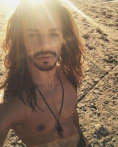 Ni tengo vacaciones ni estoy en la playa but Holy Thursday!