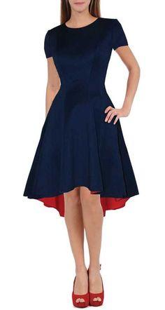 Suknia wizytowa na studniówkę granatowa lub czarna Cena: 350,00 zł #sukienkawizytowa #sukienkanastudniowke #przedluzonytyl #odnasukienka