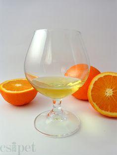 egycsipet: Narancslikőr Limoncello, White Wine, Vodka, Alcoholic Drinks, Glass, Cukor, Drinkware, Corning Glass, White Wines