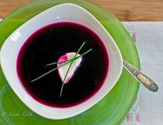 beetsoup meant to be served chilled.... But I'd serve it warm!
