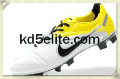 Nike CTR360 Maestri II Elite FG White Black Tour Yellow Nike Elite Soccer  Cleats d1a3c0e74abf