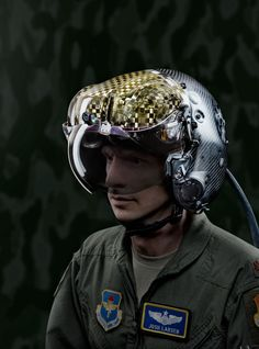 The Helmet That Gives Air Force Pilots X-Ray Vision
