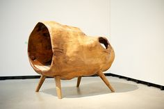 Cocoon Daybed, Gürsan Ergil (from a hollow tree trunk)