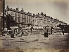 Barricade des Fédérés, place de la Concorde, tiré en 1872 | Photographe : Alphonse J. Liébert