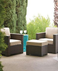 Outstanding comfort and structural integrity make our Palermo Balcony Lounge Chair a welcome addition outdoors.