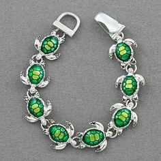 Silver Tone Green Turtle Charm Bracelet - Valentines Day Gifts for Mom. Valentines Day Gifts for Mom Ankle Bracelets, Silver Bracelets, Jewelry Bracelets, Jewlery, Silver Jewelry, Silver Pendants, Gemstone Jewelry, Silver Earrings, Cute Jewelry