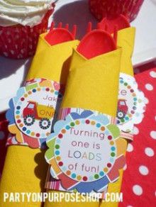 2歳のお誕生日パーティーアイデア☆テーブルをカトラリーアレンジで更に華やかに♪