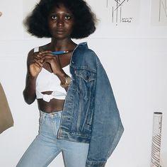girl wears denim. #cleanlaundry #wearblue