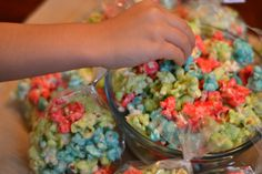 (Do purple and green for B's Tiana tea party)   Fruity Kool-Aid Candied Popcorn