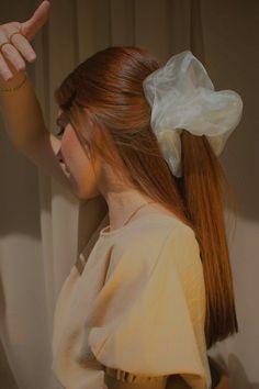 Ponytail Hairstyles, Pretty Hairstyles, Cute Hairstyles, Diy Hair Scrunchies, Natural Hair Styles, Long Hair Styles, Velvet Hair, Hair Inspo, Look Fashion