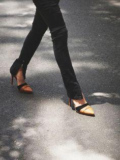 Black zippered skinny jeans w/heels