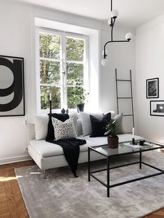 Home Interior Bohemian Hem & Inredning Cheap Bedroom Decor, Cheap Wall Decor, Cheap Home Decor, Decor Room, Apartment Interior, Living Room Interior, Interior Livingroom, Interior House Colors, Interior Design