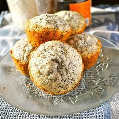 Coconut Poppy Seed Minicakes look deliciously breakfasty!  Is that a word???