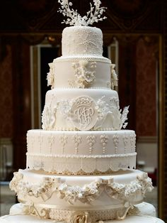 Royal Wedding Cake | 550w_showbiz_royal_wedding_cake.jpg