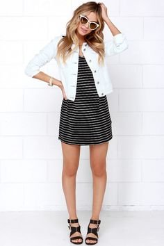 Loving the white denim jacket trend. Haven't been able to find one that is classy (read: not distressed).