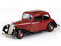 Schuco 1:18 Mercedes Benz 170 Diecast Model Car 00055 This Mercedes Benz 170 V (1946) Diecast Model Car is Red and Black and has working wheels and also removeable wheels and clockwork mechanism. It is made by Schuco and is 1:18 scale (approx. 23cm / 9.1in long).  #Schuco #ModelCar #MercedesBenz